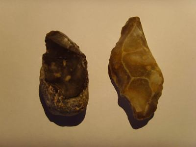 Palaeolithic -  2 'Acheulian' points - UK found