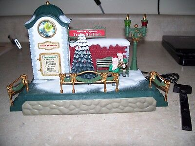 New Bright Holiday Express Musical Clock Tower Station  Train #387 works great