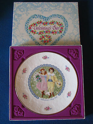 Royal Doulton Collectable Plate - Valentines Day - 1976 - In Original Box