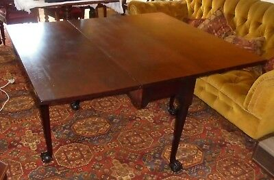 Georgian mahogany drop leaf dining table