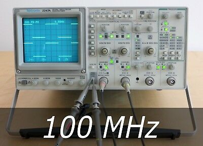 Tektronix 2247A 4-Channel 100 MHz Analog Oscilloscope + 2 New Probes. Very clean