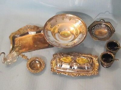 Mixed Lot of 8 Vintage Silverplate Items.