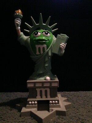 M&M Statue Of Liberty Ms Green Lady Girl Candy Dispenser Plastic