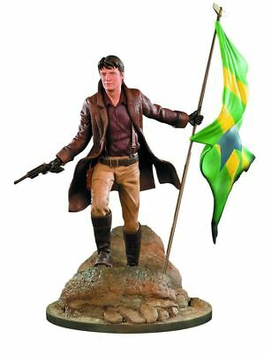 Firefly Serenity Malcolm Reynolds 1:6 Scale Master Series Statue