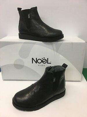 Noel ' Gaffa ' Girls Chelsea Style in Black with Zip fastening ,Elasticated side