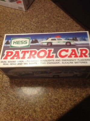 1993 Hess Toy Trucks and Vehicles  Patrol Car Dual Sound Siren New in Box