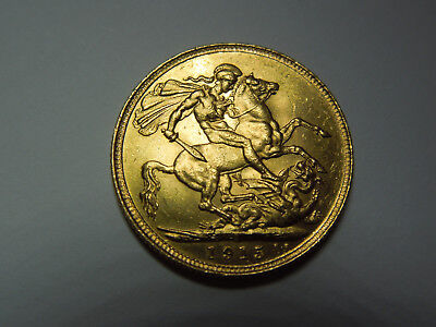 Just Reduced 1915 22ct Gold full sovereign George V