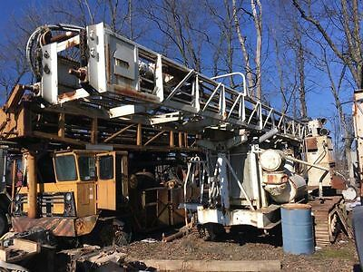 Driltech D25 Crawler Track Drill Rig CAT 3306 Diesel Engine 150 psi Air Compress