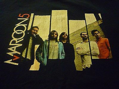 Maroon 5 Tour Shirt ( Used Size L ) Good Condition!!!