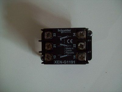 Telemecanique Xeng1191 Spring Return Contact Block 1Nc+2No Mounting Schneider