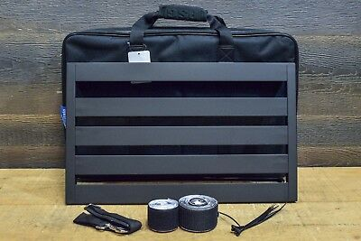 "Pedaltrain Novo 24 with Soft Case - 24x14.5"" Pedalboard for Guitar Effect Pedals"