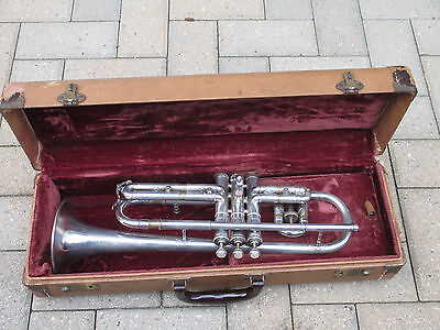 CG CONN LTD CORNET HORN - MADE IN 1928 in ELKHART INDIANA