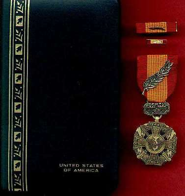 One Vietnam Cross of Gallantry medal cased set with palm device with ribbon bar