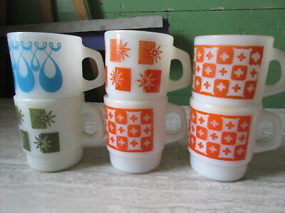 Set of Six Old Retro Anchor Hocking Milk Glass Floral Abstract Coffee Mugs