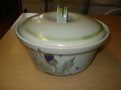 Buchan Stoneware  Thistle design Caserole Dish with lid 2 PINT