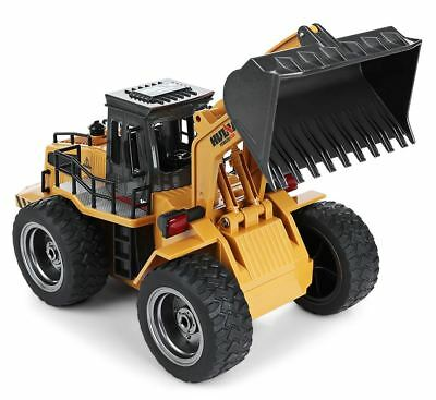 HuiNa Toys1520 Six Channel 2.4GHz 1/14RC Truck Metal Bulldozer Charging RC Car