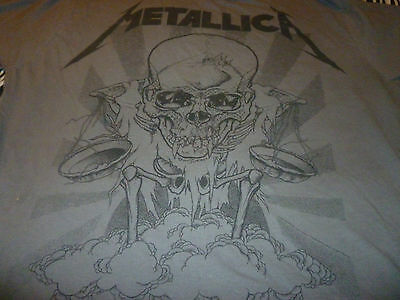 Metallica Shirt ( Used Size L Missing Tag  ) Good Condition!!!