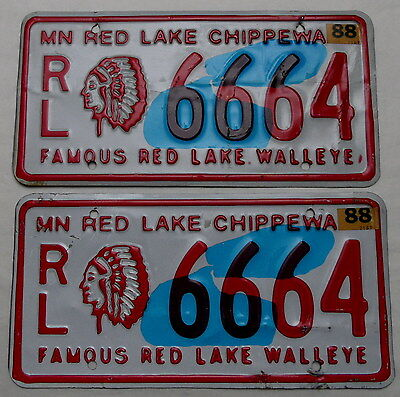 "2 USA Nummernschilder Indianer ""Red Lake Chippewa Indians"" Indianhead.Paar.12227"
