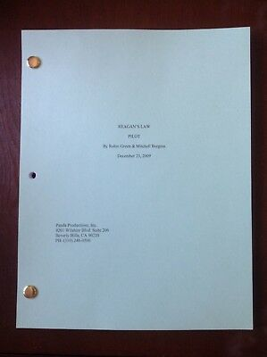 BLUE BLOODS TV SHOW Script Pilot Great Keepsake, Color Cover, 61 Pages