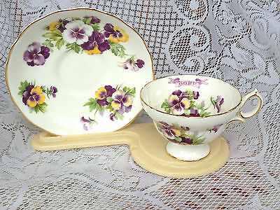 Hammersley Bone China Tea Cup & Saucer O.O.R.P. Pansies - Gold Rimmed (740)