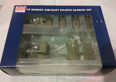 Hobby Master  1:72 Scale Us Modern Aircraft Weapon Loading Set