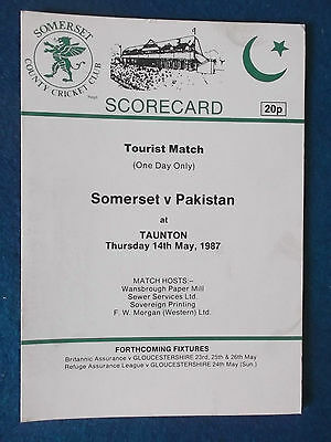 Somerset v Pakistan 14/5/87 Tourist Match Cricket Scorecard.