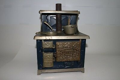 """Early 1900's Kenton Cast Iron """"Novelty"""" Childs Large Cook Stove, Original"""