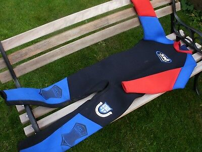 wetsuit childs xxl made by Jag titanium ultimate pro