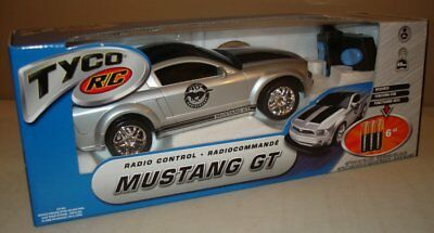 2004 Limited Edition Tyco Radio Control Mustang Gt Mib