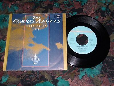 "7""Single - The Comsat Angels - Independence Day"