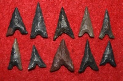 10 small  Sahara Neolithic Tidikelt types projectile points