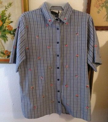 womens embroidery button shirt size M