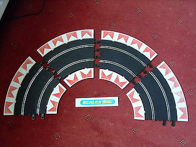 4x Classic Scalextric C151 Standard Curves with Inner & Outer Borders.