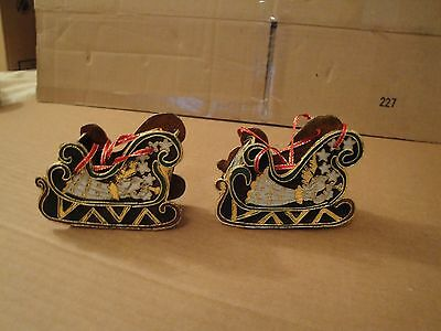 Pair Of Victorian Styled Enameled Metal Sleigh Cristmas Tree Ornaments 2000 VG++