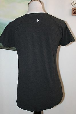 Lululemon Athletica Women's short sleeve top Fitness + Yoga Black