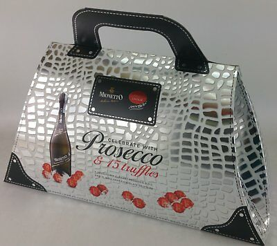 """Mionetto DOC Treviso Prosecco in a """"Handbag"""" with 15 Lindt chocolates"""