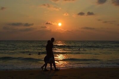 A2 Stunning Thailand Couple Sunset Printed Canvas Wall Hanging
