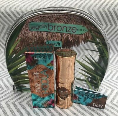 Benefit Dew the Hoola Matte Liquid Bronzer 30ml & Legally Bronze Cosmetic Bag