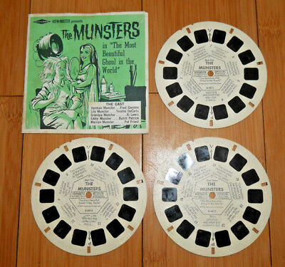 The Munsters Viewmaster Reels & Booklet 1966 Set B481 Very Rare  (895)