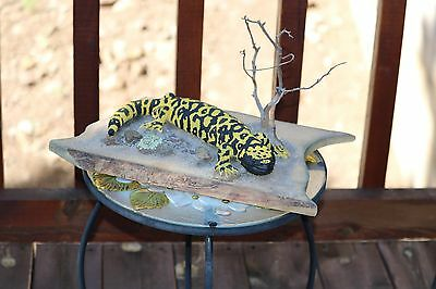 """14"""" life size Gila Monster Reproduction mounted on wood base Great Detail"""