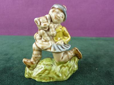 A Nice Vintage Large size Wade Nursery Favourites Tom Tom Pipers Son Figure VGC