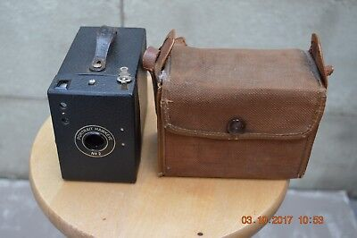 Portrait Hawkeye  Camera No.2 with case- for display, prop or restoration.