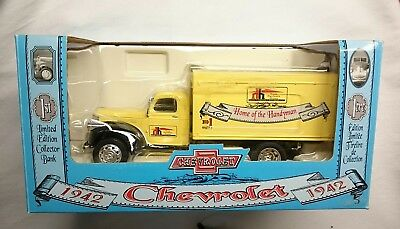 Home Hardware 1942 Chevrolet 1/2 Ton Truck Mint Rare!!!  1:25 Collector's Bank