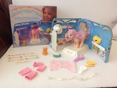 Vintage My Little Pony Grooming Parlour