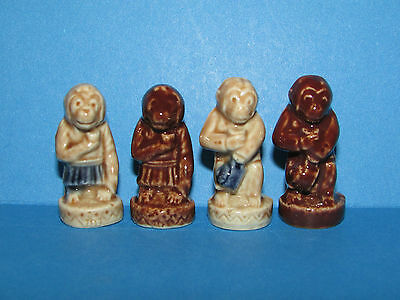 Wade Whimsies Figurine 4 Different Circus Monkey's *mint*