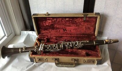 vintage Getzen Deluxe Clarinet & Case Elkhorn Wi Musical Instruments Not Tested