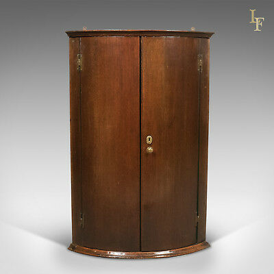 Georgian Antique Bow Fronted Corner Cabinet in Mahogany 18th century c.1780