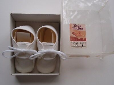 Vintage Baby Deer White Crib Shoes Soft Soles Lace Up Sz 1 #2570 MIB USA Made