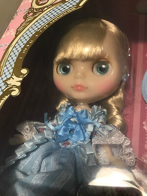 Neo Blythe Doll - CWC Exclusive 14th Anniversary Dauphine Dream - IN THE UK