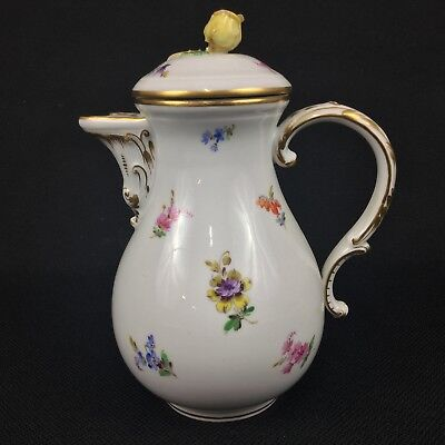 Meissen Scattered Flowers ONE Coffee Pot with Rosebud Finial